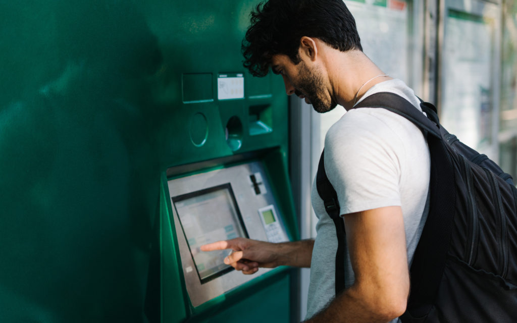 5 reasons why (and how) you should meet demand for cashless payments