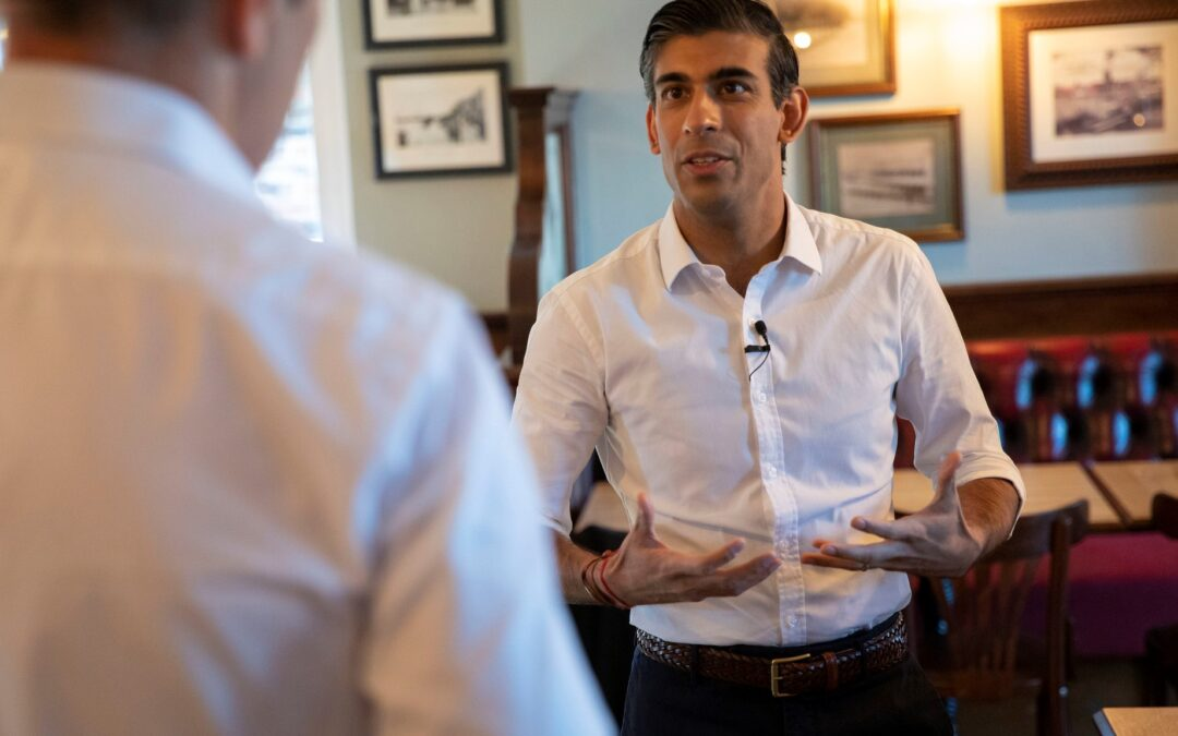 Rishi Sunak gives small businesses £2000 grants for young trainees